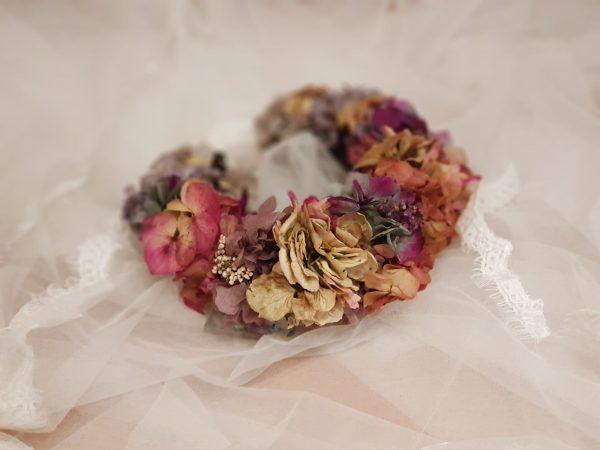 Diadema de flores preservadas