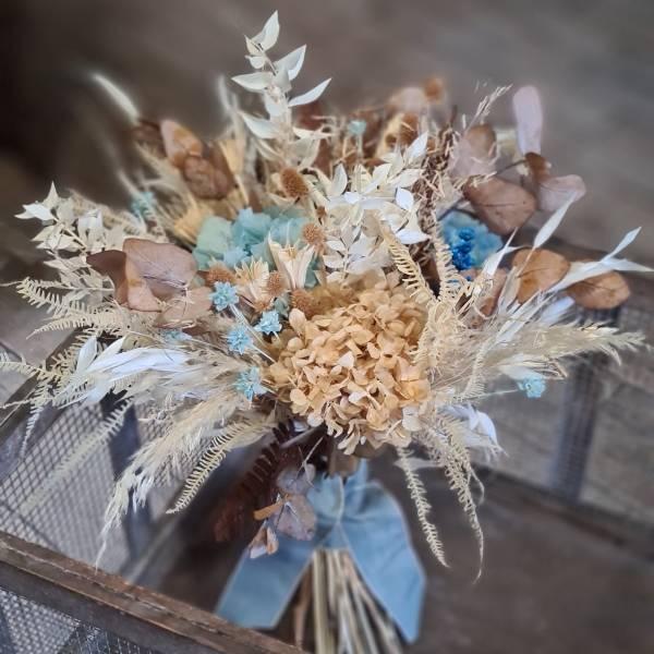 Ramo de novia de flores preservadas clásico